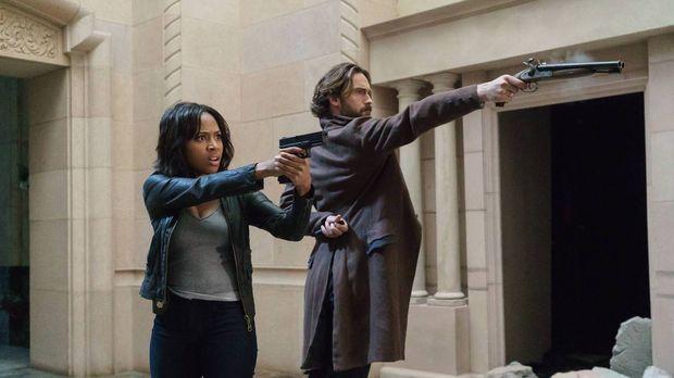 Crane (Tom Mison, r.) und Abbie (Nicole Beharie, l.) haben nur eine Chance ei...