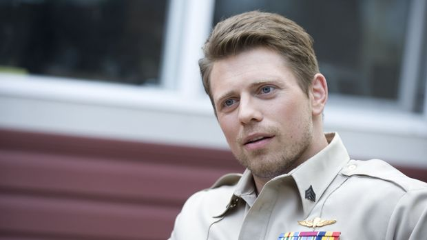 Als der Marinesoldat Jake Carter (Mike