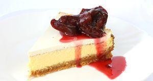 Cheesecake mit Spekulatiusboden und Pflaumenkompott – was gibt es Besseres in...