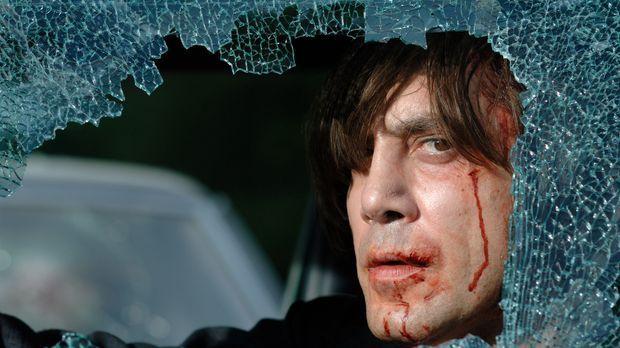 Ein Teufel in Menschengestalt: Anton Chigurh (Javier Bardem), der noch dazu u...