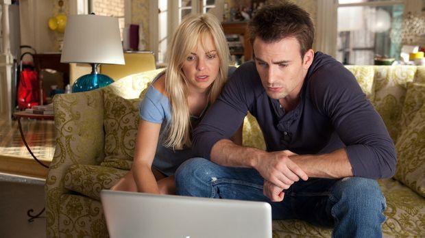 Ally (Anna Faris, l.) macht sich unter ihren Ex-Partnern auf die Suche nach d...