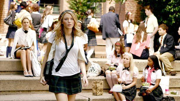 Serena (Blake Lively) wird schon am ersten Schultag zum Gesprächsthema Nummer...