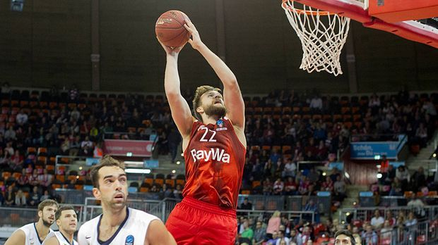 Bayern besiegt Murcia deutlich