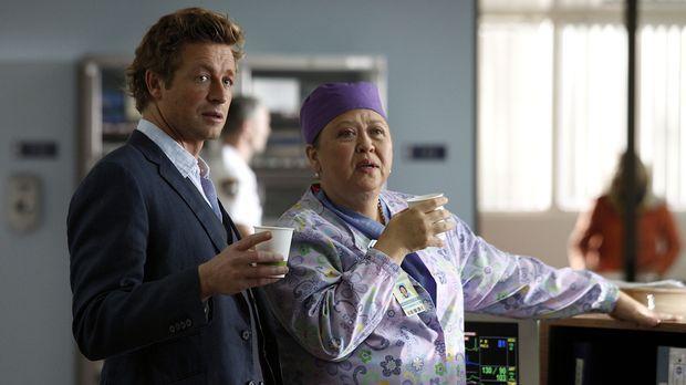 Nachdem auf einem Golfplatz ein Arzt tot aufgefunden wurde, werden Patrick (S...