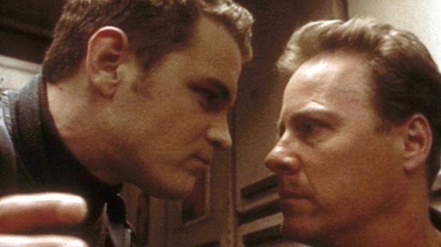Das Wiedersehen mit seinem toten Bruder Kevin (Shane Meier, l.) weckt in Paul...