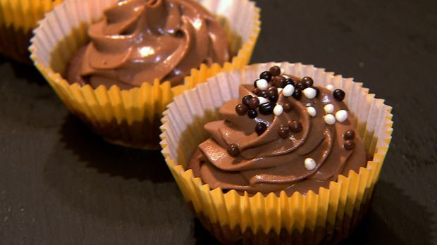Lecker-Checker_Cupcake-Double-Chocolate