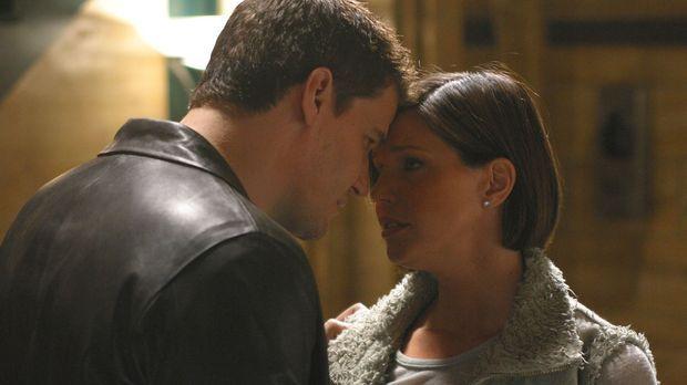 Kommen Angel (David Boreanaz, l.) und Cordelia (Charisma Carpenter, r.) endli...