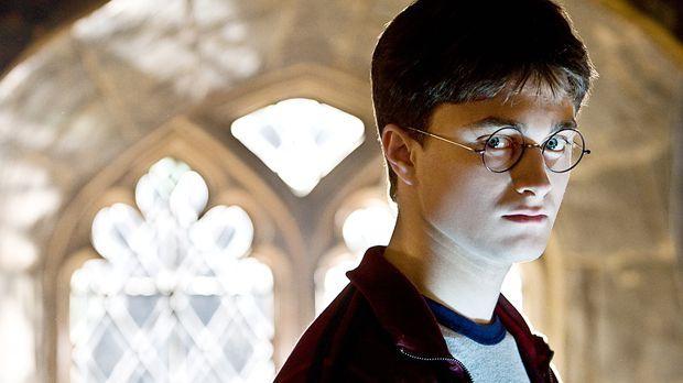 Für Harry Potter (Daniel Radcliffe) beginnt das sechste Schuljahr in Hogwarts...