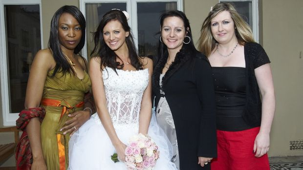 Mel (2.v.l.), Lorna (r.), Ada (l.) und Amanda (2.v.r.) treten an im Wettkampf...