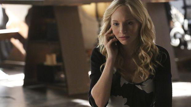 Caroline (Candice King) erfährt einige interessante Dinge aus Stefans Vergang...