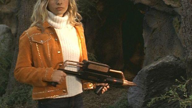 Buffy (Sarah Michelle Gellar) ist auf der Suche nach Adam, der Spike auf sein...