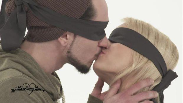 Kiss Bang Love - Kiss Bang Love - Perfekter Kuss!