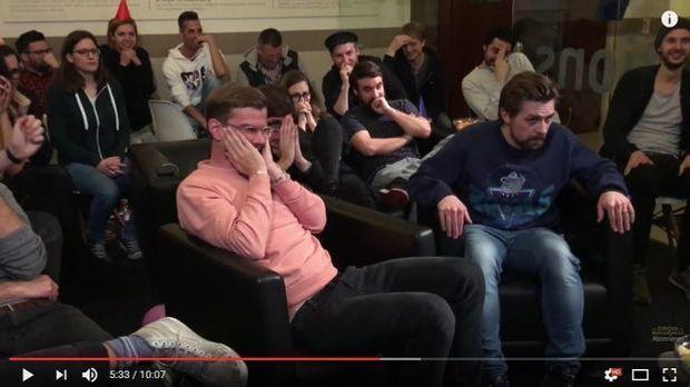 reaction clip