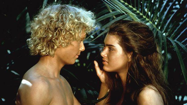 Eine traumhafte Love-Story beginnt zwischen Richard (Christopher Atkins, l.)...