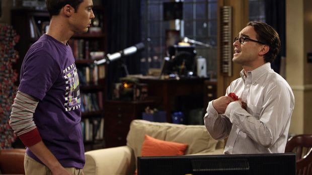 Da Penny einen neuen Freund hat, lässt sich Leonard (Johnny Galecki, r.) auf...