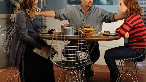 George (Jeremy Sisto, M.) und Eden (Alicia Silverstone, l.) sind mittlerweile...