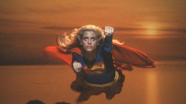 Supergirl (Helen Slater), die Cousine von Superman, erhält den Auftrag, das z...