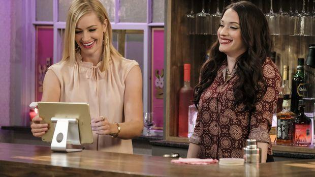Ihre Dessert-Bar feiert große Erfolge, nachdem sich Caroline (Beth Behrs, l.)...