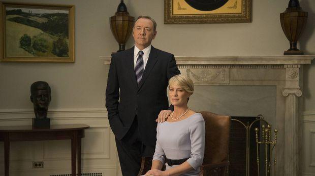 Als Präsident Underwood (Kevin Spacey, l.) und seine Frau Claire (Robin Wrigh...