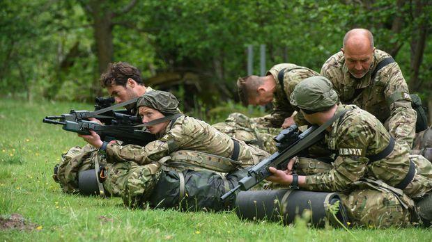 Die 29 Bootcamp-Teilnehmer gehören zu den fittesten Briten und müssen in der...