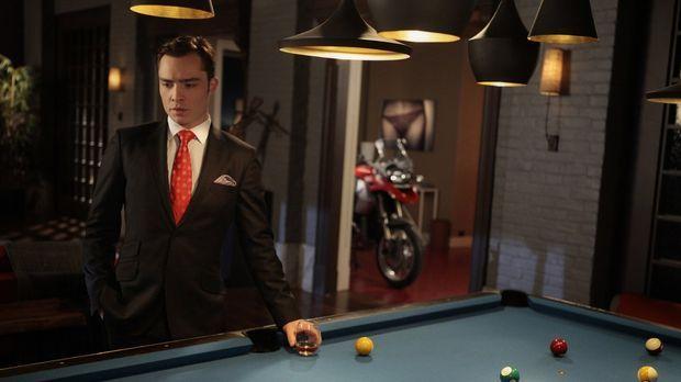 Chuck (Ed Westwick) lädt Jack ein um sich bei ihm dafür zu bedanken, dass er...