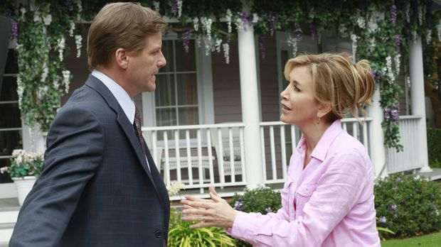 Paul steht Susans Transplantation im Weg, während Tom (Doug Savant, l.) ein l...