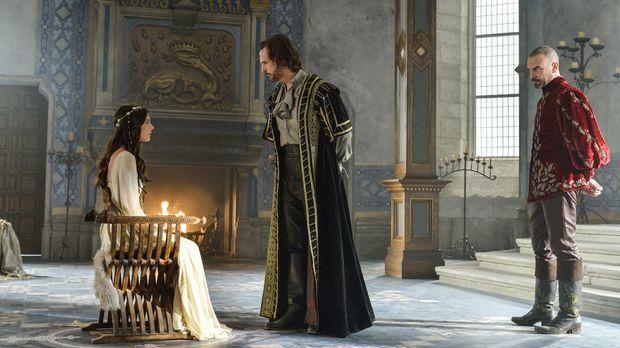 Die Inquisition beginnt: Auch Kenna (Caitlin Stasey, l.) wird von Viscount  R...
