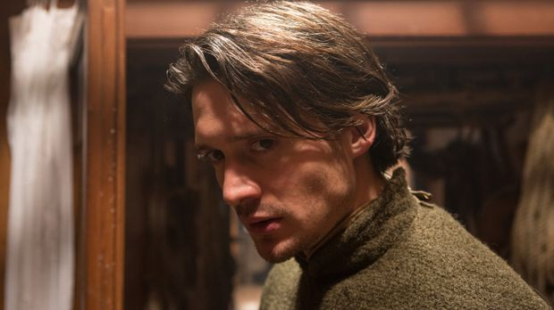 George (David Oakes), der Bruder von König Edward, würde lieber sich selbst a...
