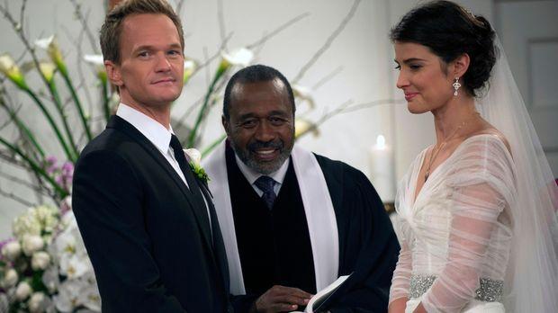 Endlich ist es so weit: Barney (Neil Patrick Harris, l.) und Robin (Cobie Smu...
