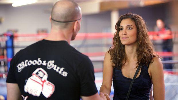 Ermittelt in einem Kampfsportcenter, um einen neuen Mordfall zu lösen: Specia...