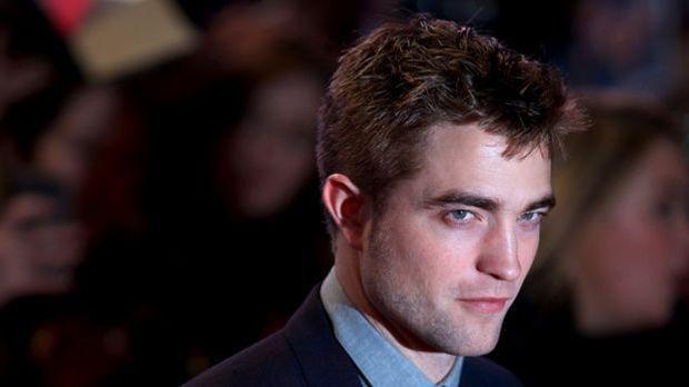 Robert Pattinson: Bald Erotik-Schriftsteller?