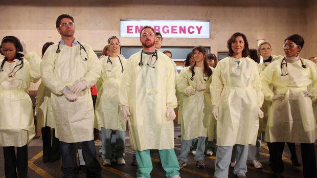 Großeinsatz im County: Aufgrund einer Explosion werden einige Krankentranspor...