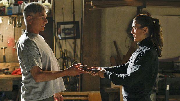 Gibbs (Mark Harmon, l.) steht vor einer schwierigen Aufgabe, da er Zivas (Cot...