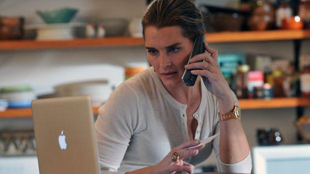 Nach ihrer fristlosen Entlassung konzentriert sich Wendy (Brooke Shields) mit...