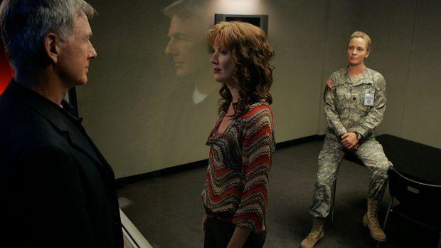 Da Stephanie Flynn (Kathleen York, M.), Gibbs 3. Ex-Frau, eine der Verdächtig...