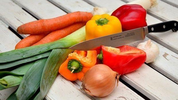 Gemüse-Messer-Paprika
