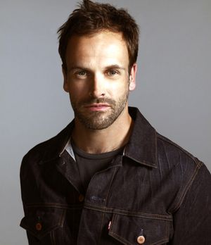 elementary-lee-miller-300-348-CBS-Television