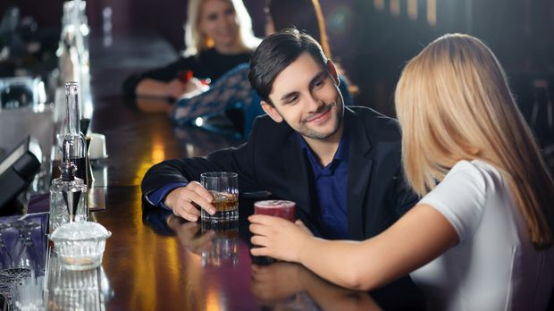 Flirten blickkontakt halten