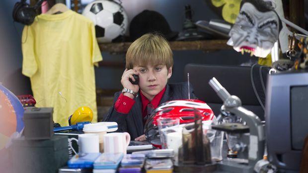 Noch weiß Marcus (Jude Wright) nicht, ob er eines Tages die Welt beherrschen...