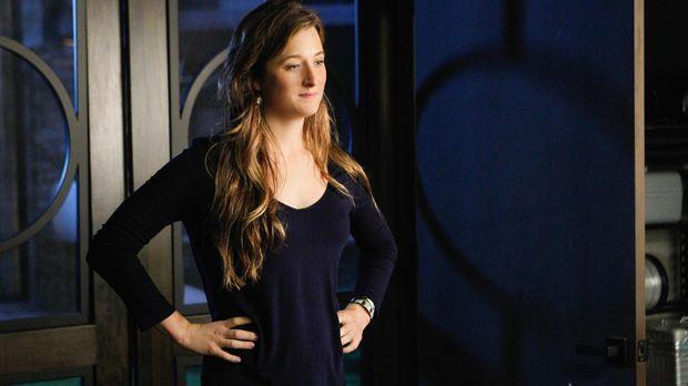 Julie (Grace Gummer) vertraut dem Falschen. Ihr neuer Freund Odin ist nicht s...