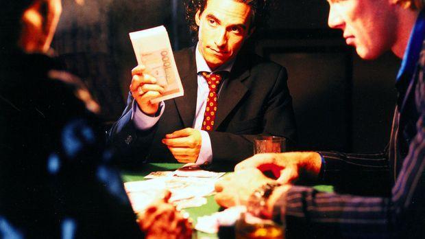 Welches Spiel spielt Jan Holting (Diego Wallraff, M.), ein ehemaliger Kollege...