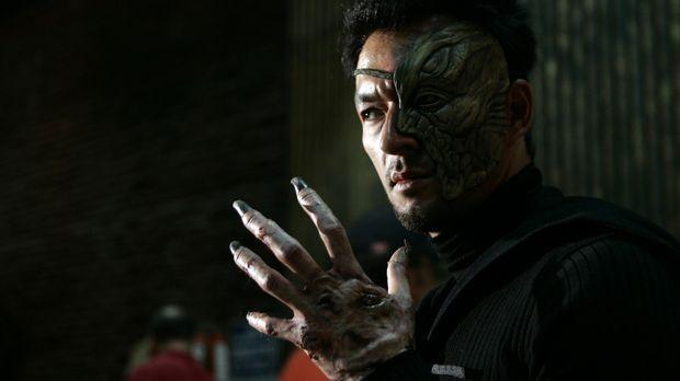 Dogon (Eric Steinberg) hat es auf Billie abgesehen ... © Paramount Pictures