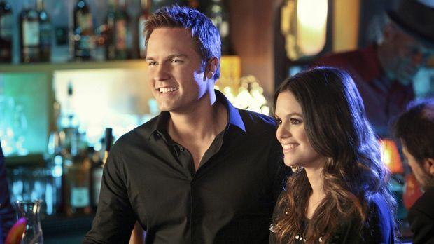 So viel Spaß hatten sie lange nicht mehr: George (Scott Porter, l.) und Zoe (...