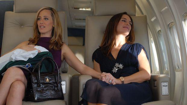 Nico (Kim Raver, l.) und Wendy (Brooke Shields, r.) machen sich gemeinsam auf...