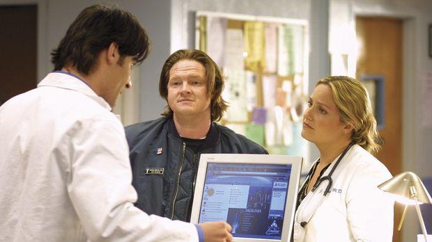 Dr. Susan Lewis (Sherry Stringfield, r.) hat Probleme, die Beziehung zu Chuck...