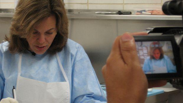 Dr. G-Beruf: Gerichtsmedizinerin - In