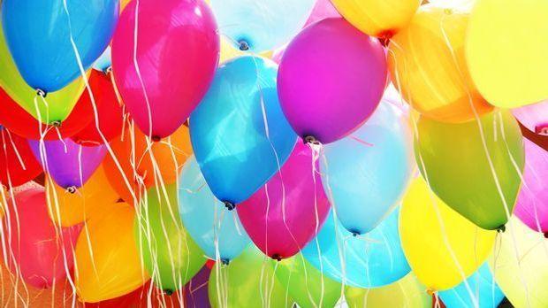 Osternest aus Luftballons