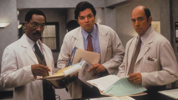 Tierarzt Dr. Dolittle (Eddie Murphy, l.) kümmert sich gemeinsam mit seinen Ko...