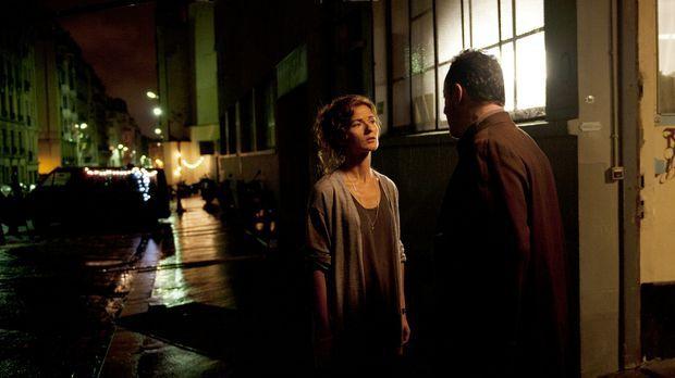 Kommissar Jo St-Clair (Jean Reno, r.) kommt seiner Kollegin Karyn (Jill Henne...