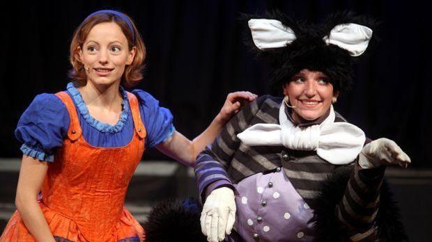 Halloween-Kostüm Alice im Wunderland_dpa